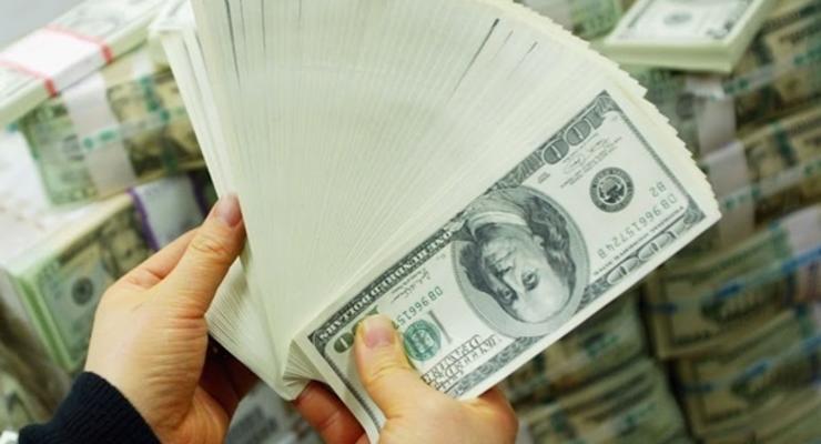Межбанк закрылся курсом 24,70 грн/$