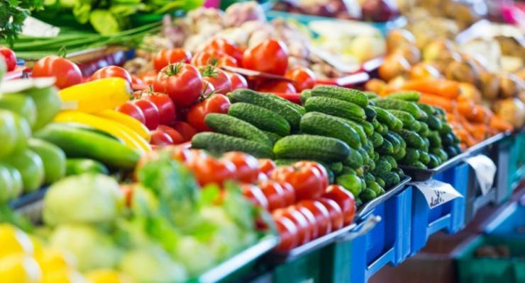 """Из-за """"снежной блокады"""" в Украине растут цены на овощи"""