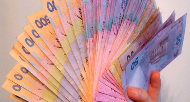 В Украине повышается зарплата на фоне резкого скачка цен