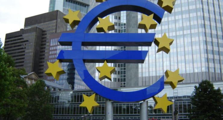 ЕЦБ еще не решил, как реагировать на референдум в Греции