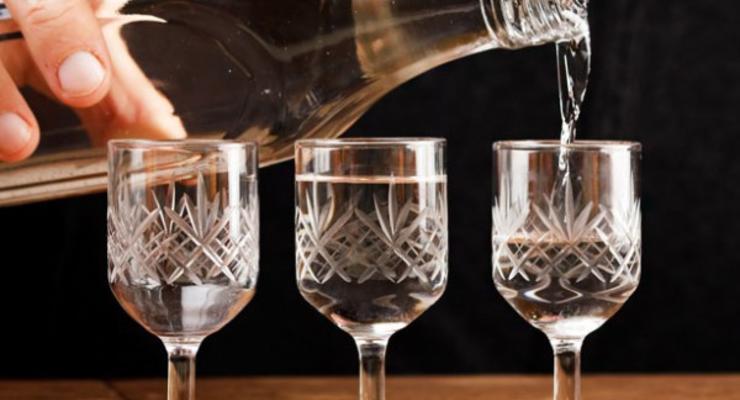 Подорожание алкоголя: сколько будут строить спиртные напитки в Украине