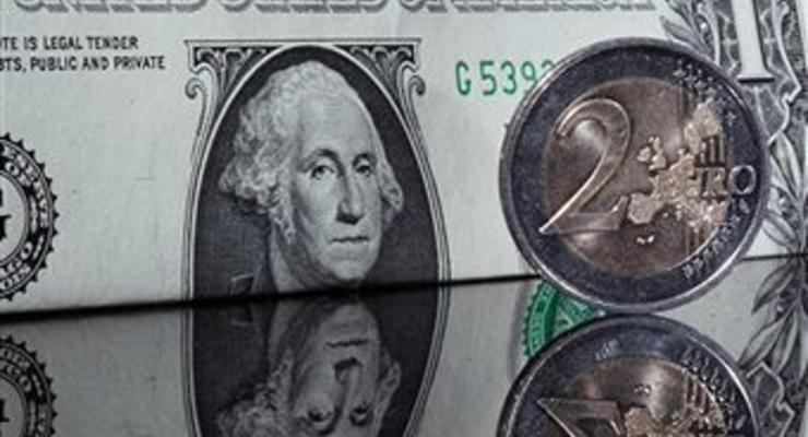 Курс доллара на межбанке упал до 22,80 грн/$