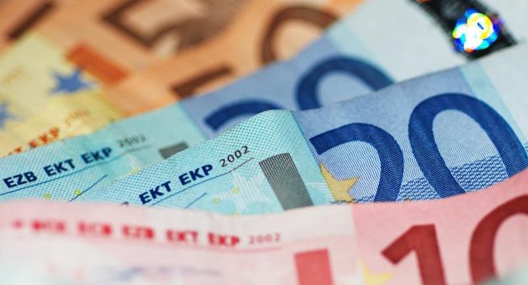 Наличные курсы валют в банках регионов на 9 апреля