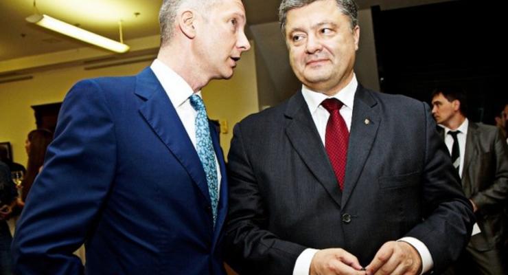 Глава Администрации президента заработал в четыре раза меньше Порошенко