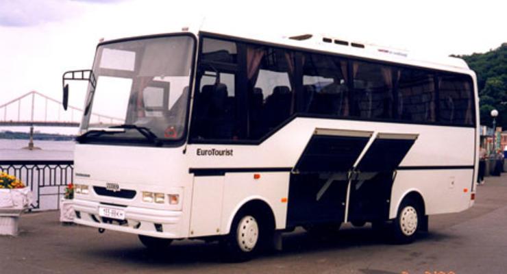 С 26 декабря приостанавливается автобусное сообщение материковой Украины с Крымом