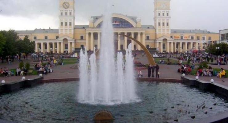 Аэропорты Харькова и Днепропетровска начали принимать рейсы