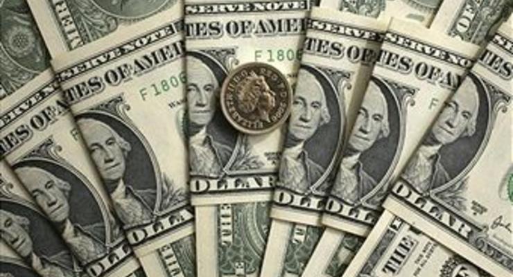 Межбанк открылся долларом по 15,60