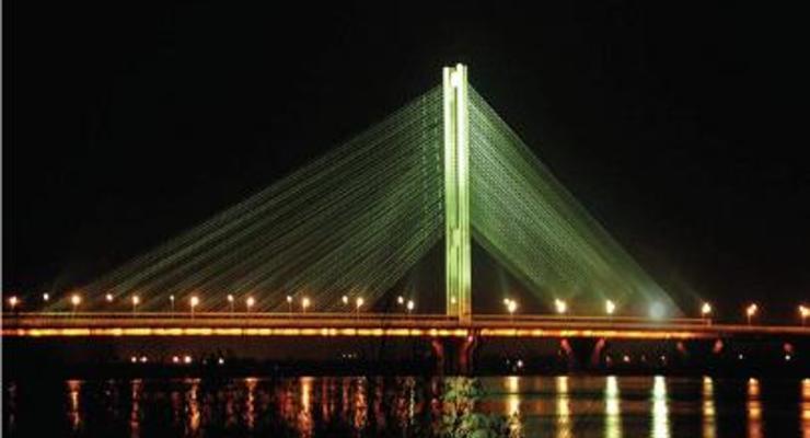 Завтра на Южном мосту ограничат движение в сторону правого берега Днепра