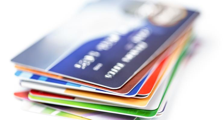 Какую выбрать кредитку для выезда за рубеж