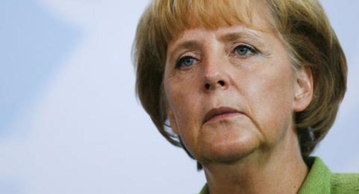 Ангела Меркель выступает за введение санкций против РФ