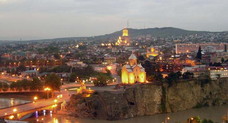 Авиакомпания Yanair запустила регулярный рейс в Киев - Тбилиси