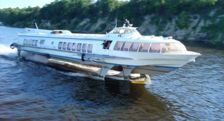 По Днепру собираются пустить скоростные пассажирские катера