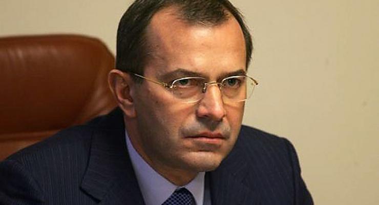 Кабмин отменил 61% актов, выпущенных местными чиновниками