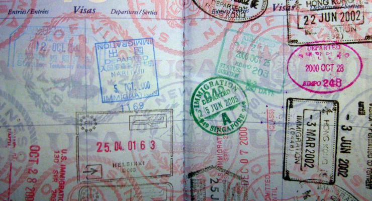Украинцев с шенгенской визой, полученной в польском посольстве, не пускают в ЕС