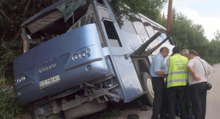 В Болгарии в ДТП попал украинский автобус: Одна туристка погибла