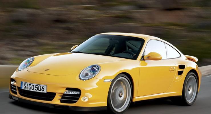 Президента вынудили продать свое авто Porsche
