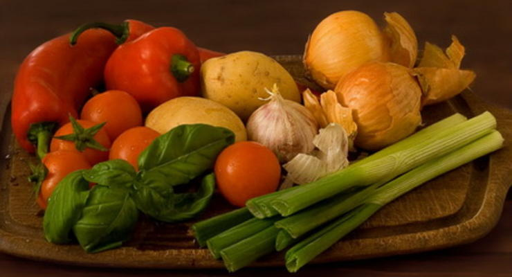 Со столичных рынков пропали импортные овощи