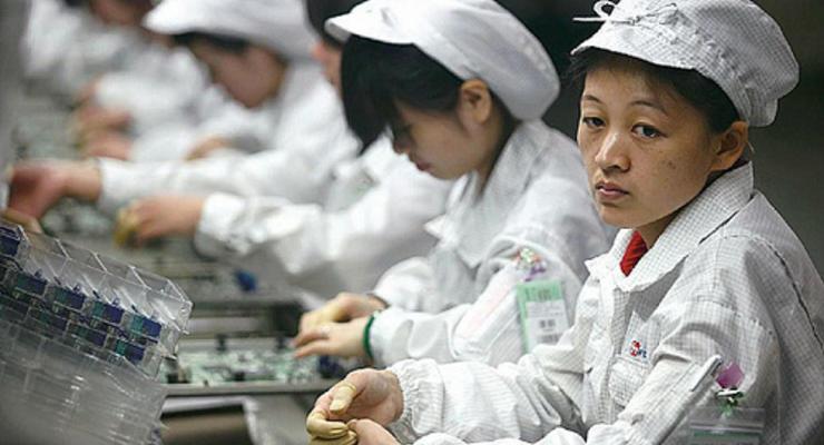 Foxconn запретила самоубийства в рабочее время
