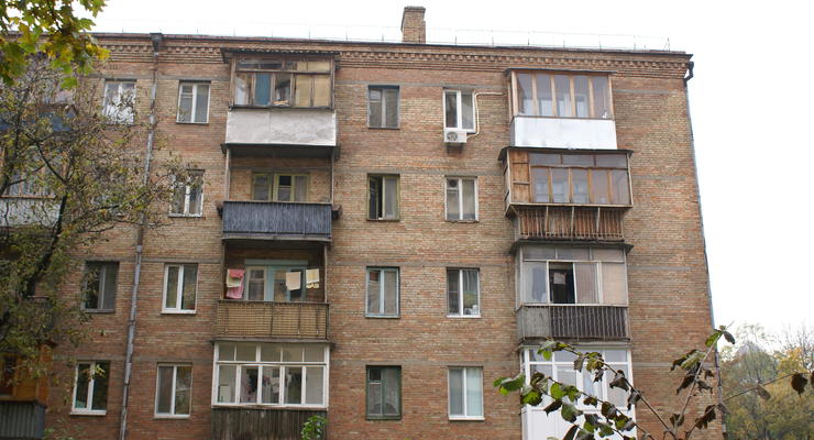 Киевляне будут ремонтировать балконы за свой счет?