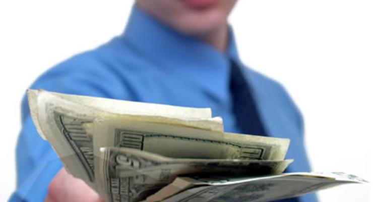 Где и у кого лучше брать кредиты на дорогие подарки к Новому году?