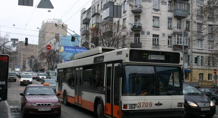 Движение на киевских дорогах затруднено (19.11.2010)