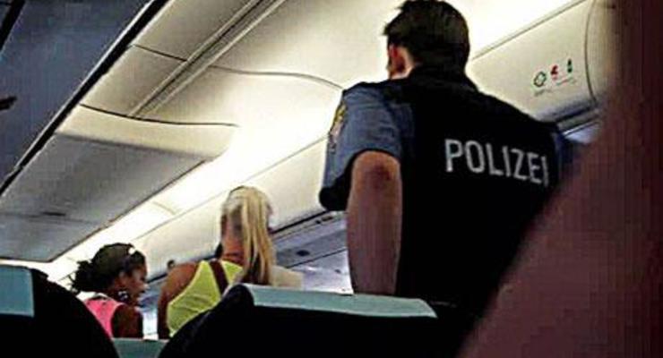 Опасно ли сканирование в аэропортах?