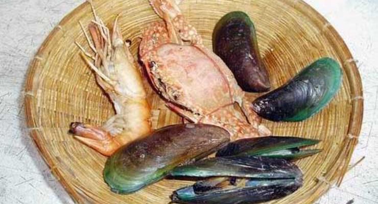В Черном море нельзя ловить мидий и креветок