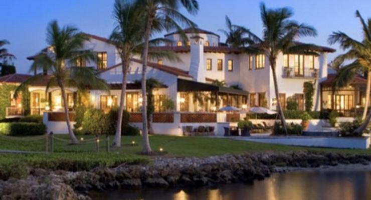 Как провести отпуск в доме знаменитости?