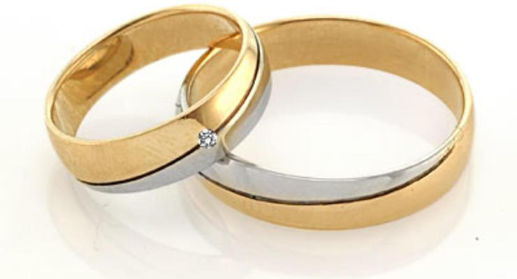 Развод и женитьба будут бить по карману