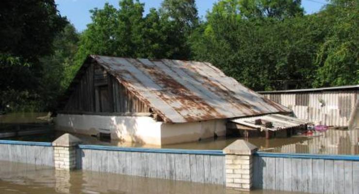 На спасение Украины от паводка выделили 40 млн гривен