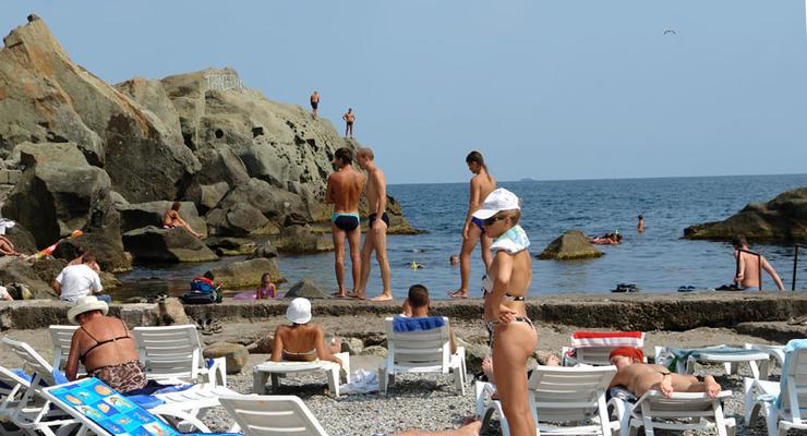 В Киеве открыли еще один пляж