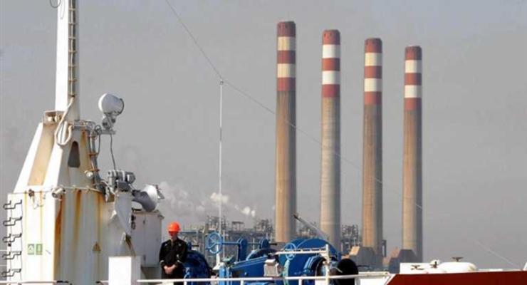 Иран планирует привлечь в нефтепромышленность до $15 млрд