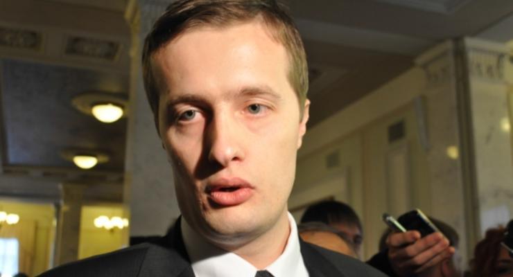 Стало известно, сколько задекларировал сын Порошенко