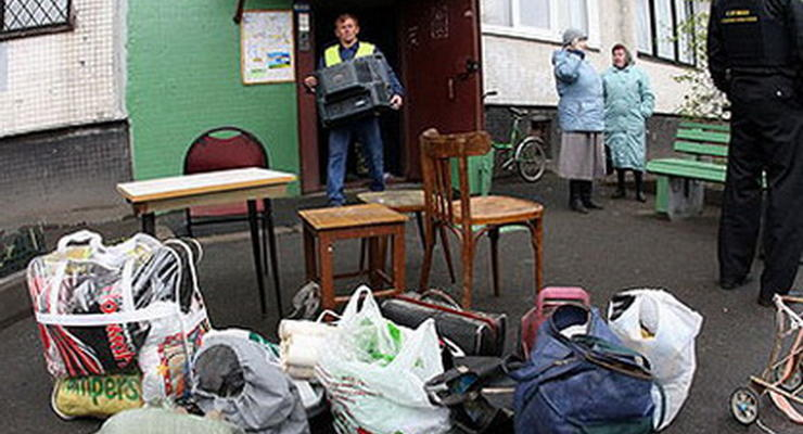 В Луцке начали отбирать жилье за долги по коммунальным платежам