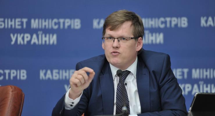 Розенко рассказал, скольким переселенцам восстановили соцвыплаты