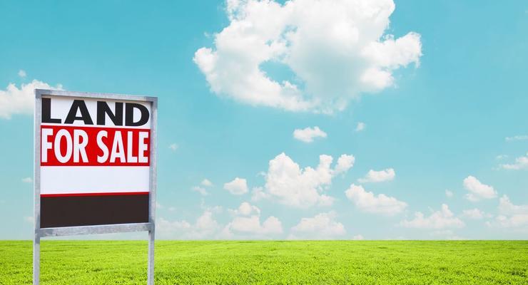 Гройсман рассказал, когда снимут мораторий на продажу земли