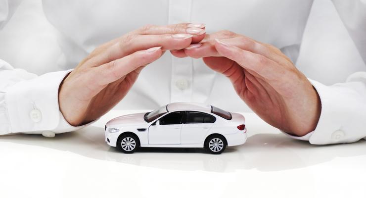 Застраховать колеса: Во сколько обойдется покупка полисов