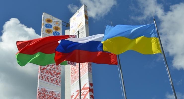 Беларусь прекратила спотовые поставки топлива в Украину - СМИ