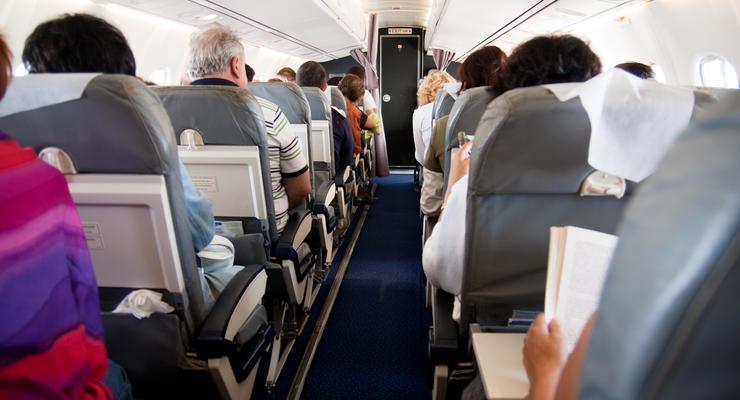 Китайцы придумали серьезный штраф для пассажиров самолетов