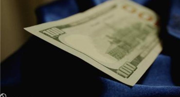 Курс доллара на межбанке превысил отметку 25 грн