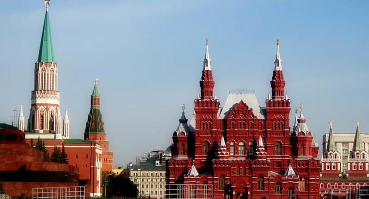 """Экономику России ожидает """"потерянное десятилетие"""" - эксперты"""