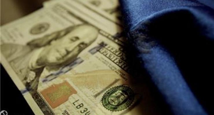 На закрытии межбанка доллар подорожал на 9 копеек