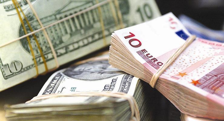 Валютных – все меньше: Банки снижают ставки по вкладам