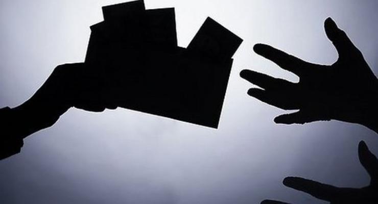 Теневые зарплаты: ГФС выявила нарушения у 60% работодателей