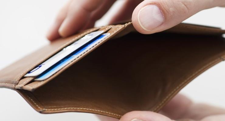 Задолженность по зарплатам в июле выросла на 4%