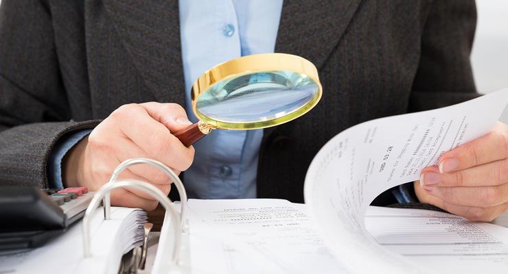 Давят, крутят, выжимают: Как налоговики проверяют бизнес