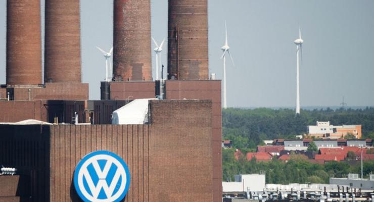 Немецкий автоконцерн обвиняют в нарушении закона в странах ЕС