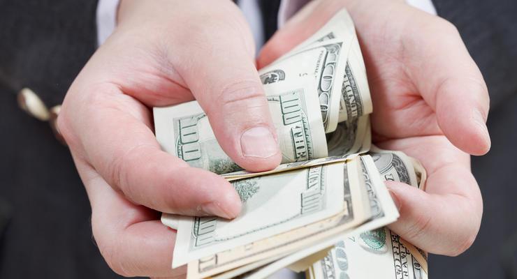 Сколько денег оборачивается на черном валютном рынке Украины - эксперт