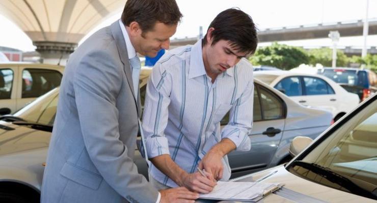 Колеса в долг: Банки готовы выдавать кредиты на покупку авто