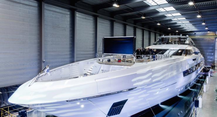 Яхту, которую строили более трех лет, признали самой лучшей